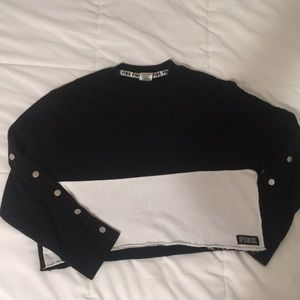 xs pink sweatshirt black and white color block